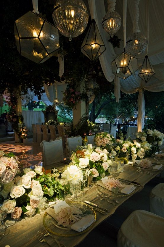 Beautiful reception tablescape, lighting.