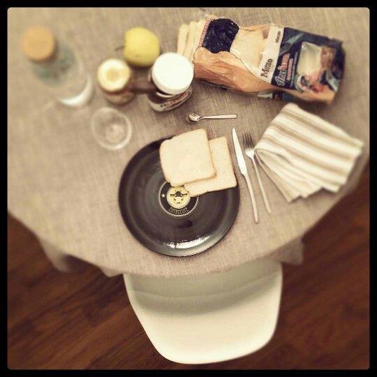 Longplate - Goodmorning _ breakfast with Morato Pane, Nutella, Ikea, CoinCasa, Vitra
