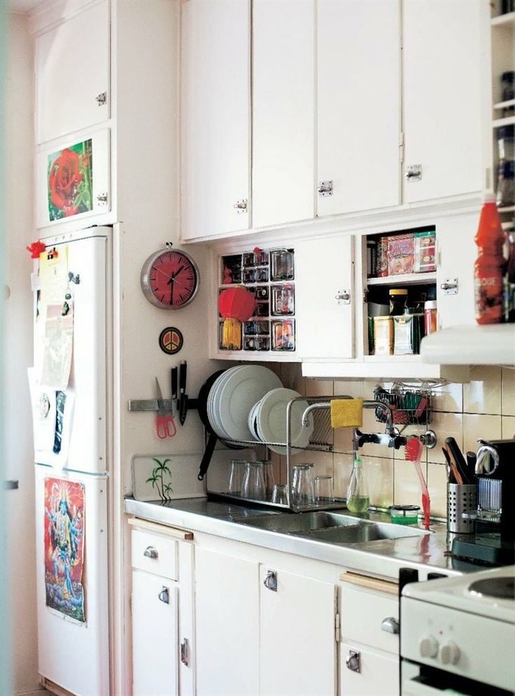 16 best mismatched kitchen images on pinterest kitchen cabinets 60s kitchen and art houses on kitchen ideas quirky id=19125