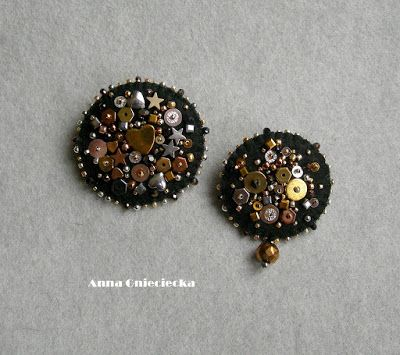 handmade brooches by Anna Gmieciecka materials: felt, beads, sequins, hematite, natural leather (back)