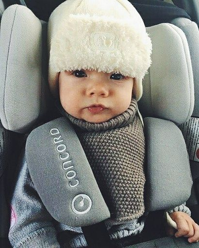 """Baby it's cold outside...""   #winter #cold #baby #cutebaby #bebe #cuteness #cutenessoverload #safety #inthecar #carseat #concord #concordairsafe #concordair #travel #travelsafe #kindersitz #sillacoche #repost @kkissala"