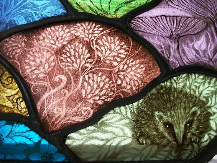 hedgehog -stained glass 3075.jpg - Detail in Moon Gazing Hare