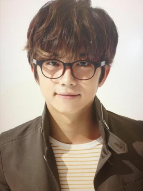 Oh my gosh!!!! Woo with glasses oh my gosh this is sooooo cute!!!!❤️❤️❤️❤️