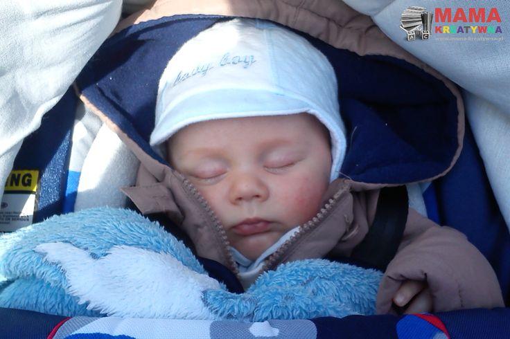 Usypianie dziecka - temat ten przerabiam już od kilku miesięcy - jakie są sprawdzone sposoby i metody?     Usypianie dziecka to ciężki temat. Nie wiem dlaczego ludzie mówią, że ktoś śpi jak niemowlę w znaczeniu, że śpi bardzo dobrze...