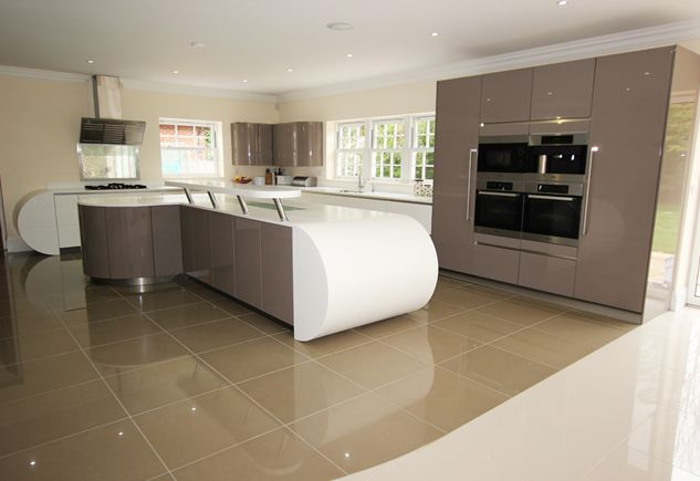 Contemporary Curved Kitchen Island Design This Spacious