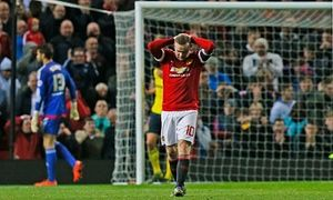 Manchester United crash out to Middlesbrough on penalties in Capital One Cup - http://footballersfanpage.co.uk/manchester-united-crash-out-to-middlesbrough-on-penalties-in-capital-one-cup/