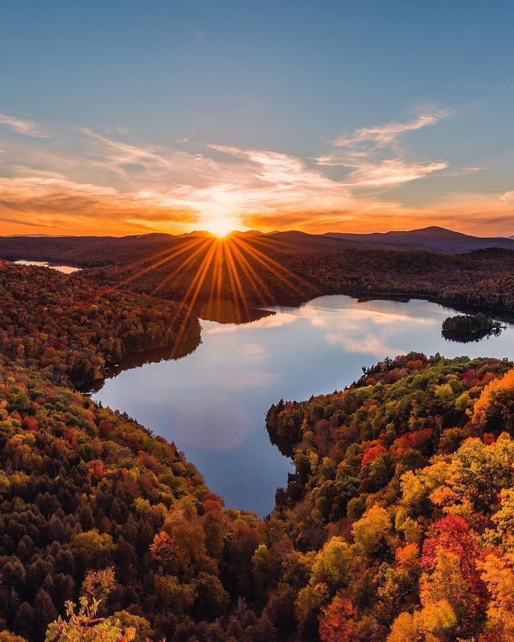 Stunning light over Stowe Vermont. Photo by: @gettyphotography Explore. Share. Inspire:  Rate 1-10  #Motivation__earth