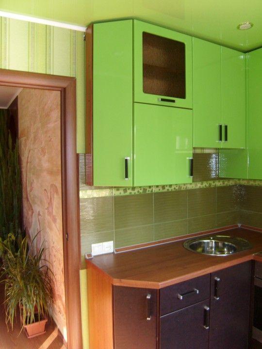 Кухня. Моё творение в салатовом цвете