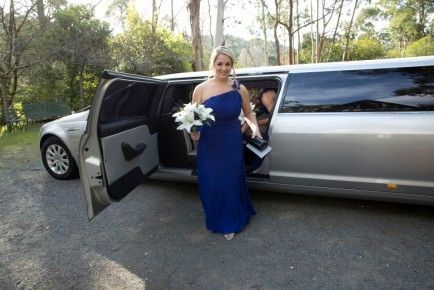 Have Amazing Wedding Experience with Stretch Limo in Melbourne