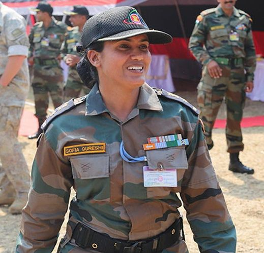 essay on women in indian army Full hindi (indian language) essay book online  hello,i m searching essay on my unforgetable journey in hindi,plz help me i dont have essay.