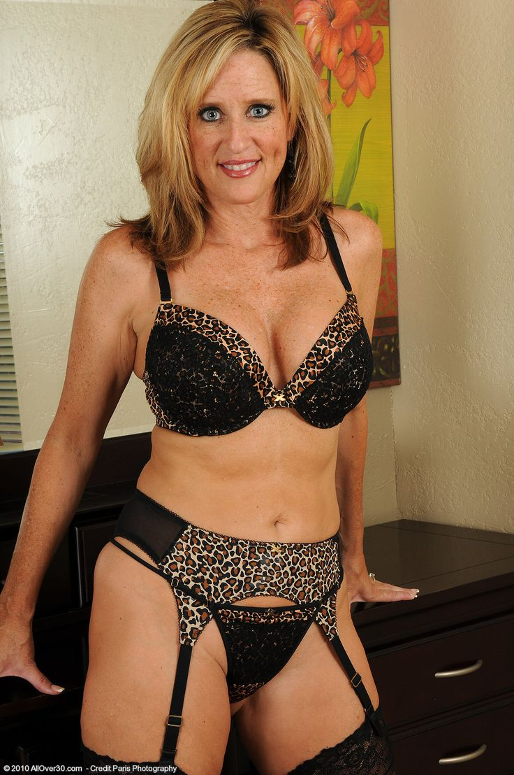 bigelow mature personals Abingdon mature dating uk - women & sex: name: wigglecharm age:42: if you are looking to get wild in minnesota, you may be shocked to learn there are plenty of singles looking to get wild with you in fact, big titties needs more people like you to satisfy the needs of all the singles on the site looking to get wild with you these new york .