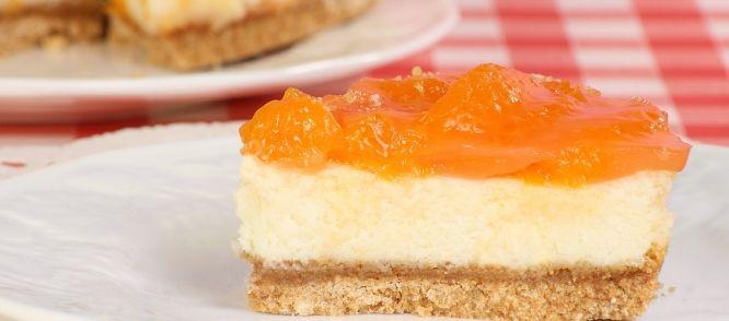 Dé mandarijnenkwarktaart die op iedere verjaardag in de familie een groot succes is. Heerlijk luchtig, fruitig en fris.