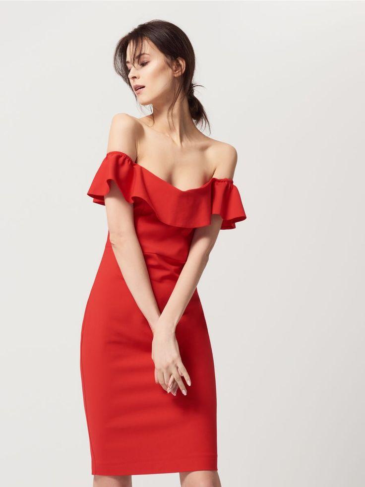 Zmysłowa sukienka z odkrytymi ramionami, MOHITO, RW486-99X