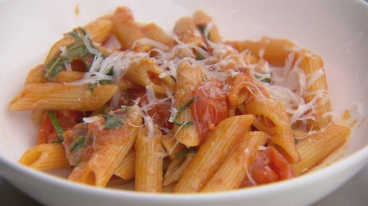 Penne with Fresh Tomato Sauce