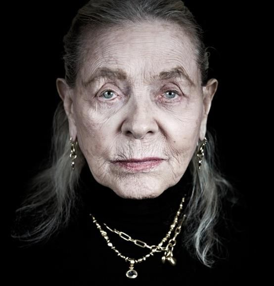 """""""I think your whole life shows in your face and you should be proud of that."""" .... LAURAN BACALL .... 9/16/1924 -- 8/12/2014"""