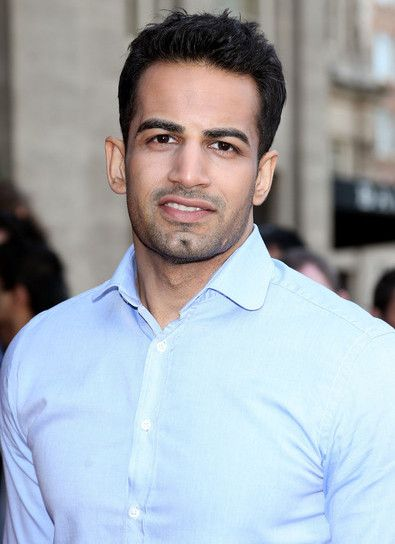 Upen Patel is a British Indian model and Bollywood actor. He has acted in Indian, Tamil and French movies and has gained popularity all over the world.  #UpenPatel #BiggBoss8