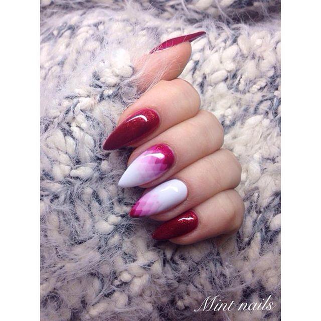 WEBSTA @ mint.nails - Geometryczne ombre ❤️ #nails#nailsofinstagram#nailsofinstagram#geometryczneombre#love#mywork#nails#longnails#beautiful