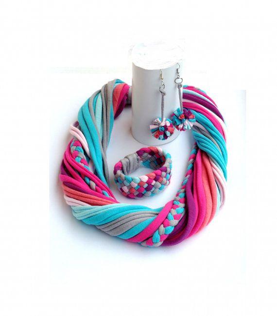 Upcycled joyería conjunto/reciclado color rosa salmón turquesa púrpura / mujer / mano rayas coloridas/Repurposed material/suave/Eco friendly/Jersey