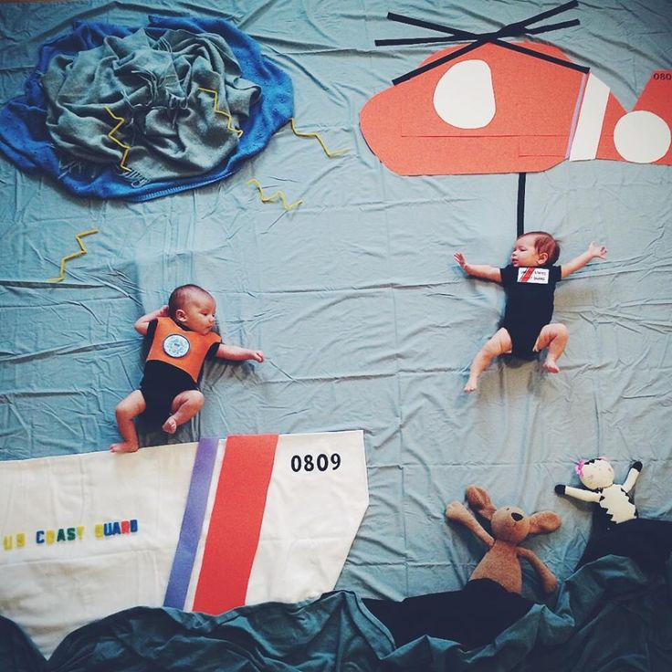 Coast Guard babies. ❤️ Ones dad is a Rescue Swimmer and the others dad is an Officer. These two babies were born on the same day, within 4 hours of each other, to moms who had been friends for 10 years. Pretty awesome.
