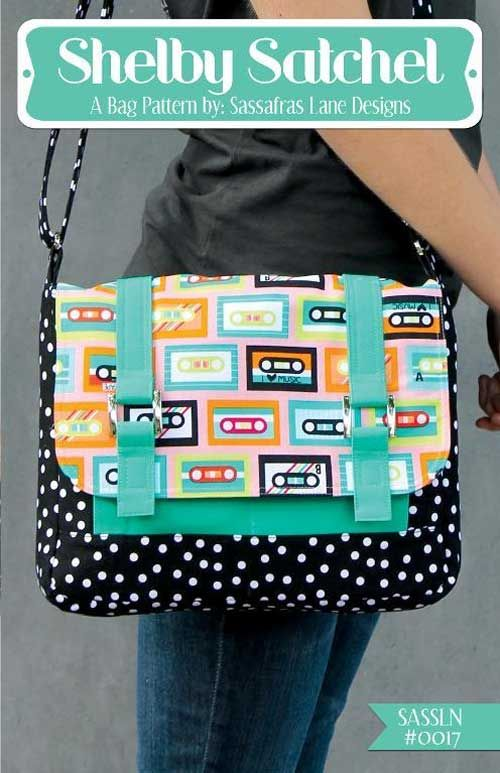 This fun crossover messenger style bag has lots of pockets to keep things organized.