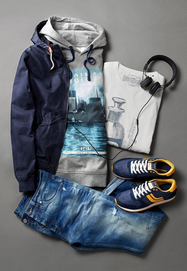 Flash your destroyed denim and wear it with these picks!  Jacket ➜ http://jackjones.co/1ziz94Q Hoodie ➜ http://jackjones.co/1xnTArK Jeans ➜ http://jackjones.co/16EizBY Tee ➜ http://jackjones.co/1Dh13jo Shoes ➜ http://bit.ly/1xnTssm