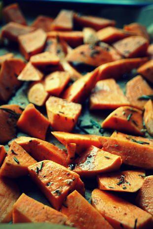 Rezept: Beilage: Zimtige Süßkartoffel-Ecken im Ofen gebacken   kochbar.de