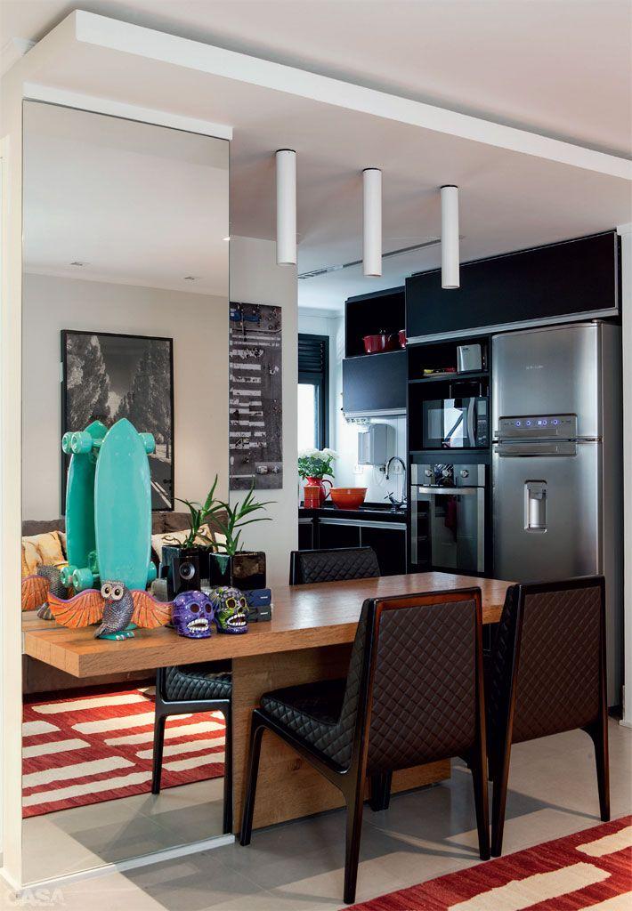 Apartamento de 58 m aposta em pe as vers teis small for Como organizar un apartamento muy pequeno