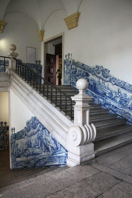 João Miguel dos Santos Simões)  Escalera , Portugal