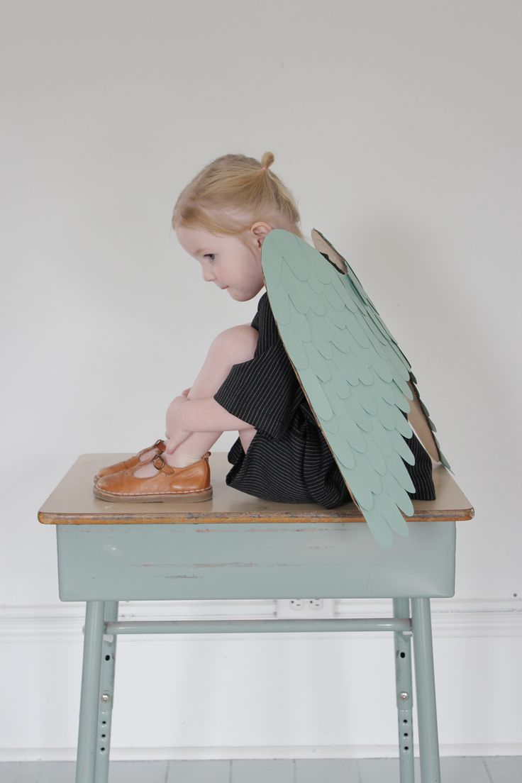 Make your own set of cardboard and paper wings | mer mag