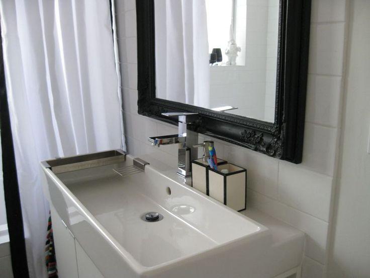 Oltre 25 fantastiche idee su lungo bagno stretto su - Idee per lavabo bagno ...