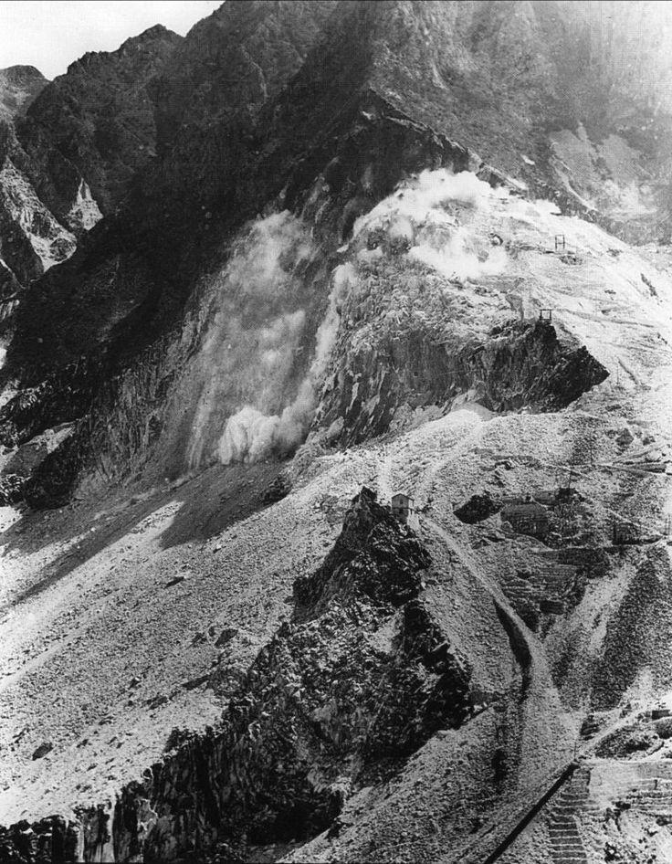 Esplosione di una mina