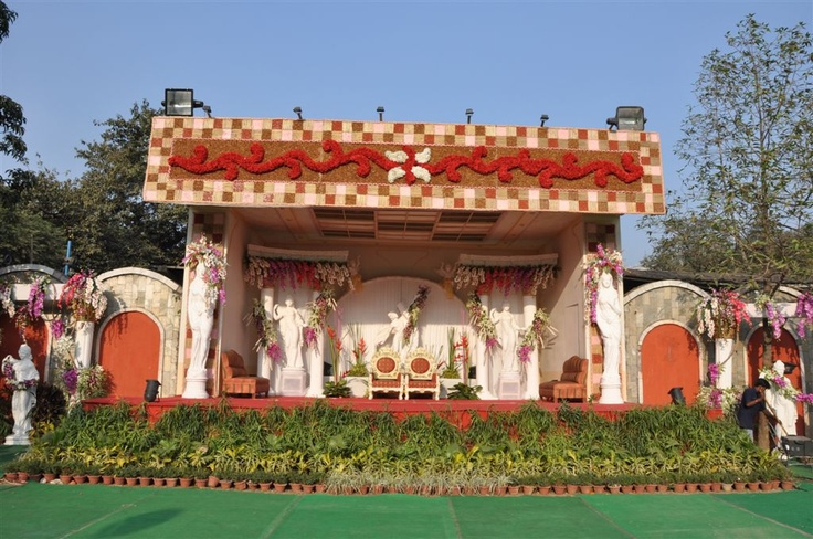 Outdoor stage decor