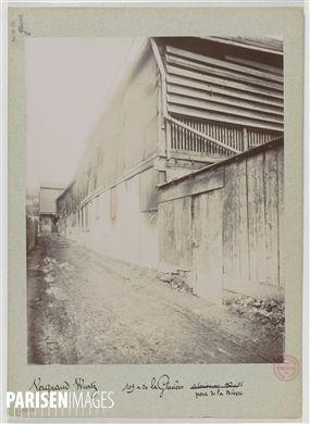 Pont de la Bièvre, 109 rue de la Glacière, Paris (XIIIème arr.). 1897-1898. Union Photographique Française. Paris, musée Carnavalet.