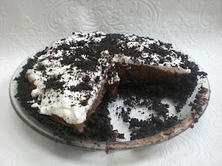 Too Hot to Cook Oreo Pudding Pie
