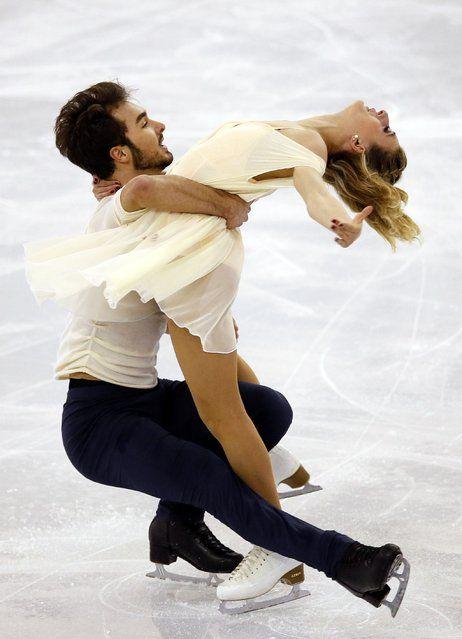 Gabriella Papadakis & Guillaume Cizeron of France won the bronze medal at the 2014 Grand Prix Final (Ice Dance)