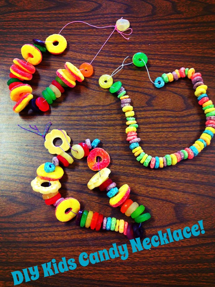 DIY Kids Candy Necklace Edible Craft-  Fruit loops, Apple jacks, gummy life savers, hard candy life savers, shortbread circle cookies! good snack for a 'drive-in' movie party