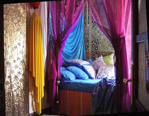 Indian Themed Room! Love The Colors