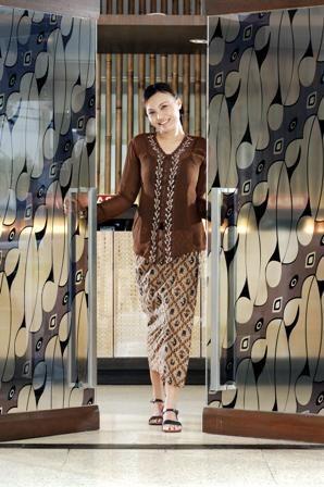 A Genuine smile from Sundanese Girl a.k.a Mojang Priangan
