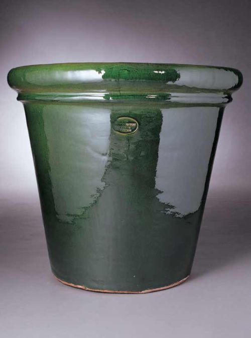 <b>The Brooke Tub</b> 66 cms tall, 74 cms outer diameter 65 cms opening diameter, 55 kilos.