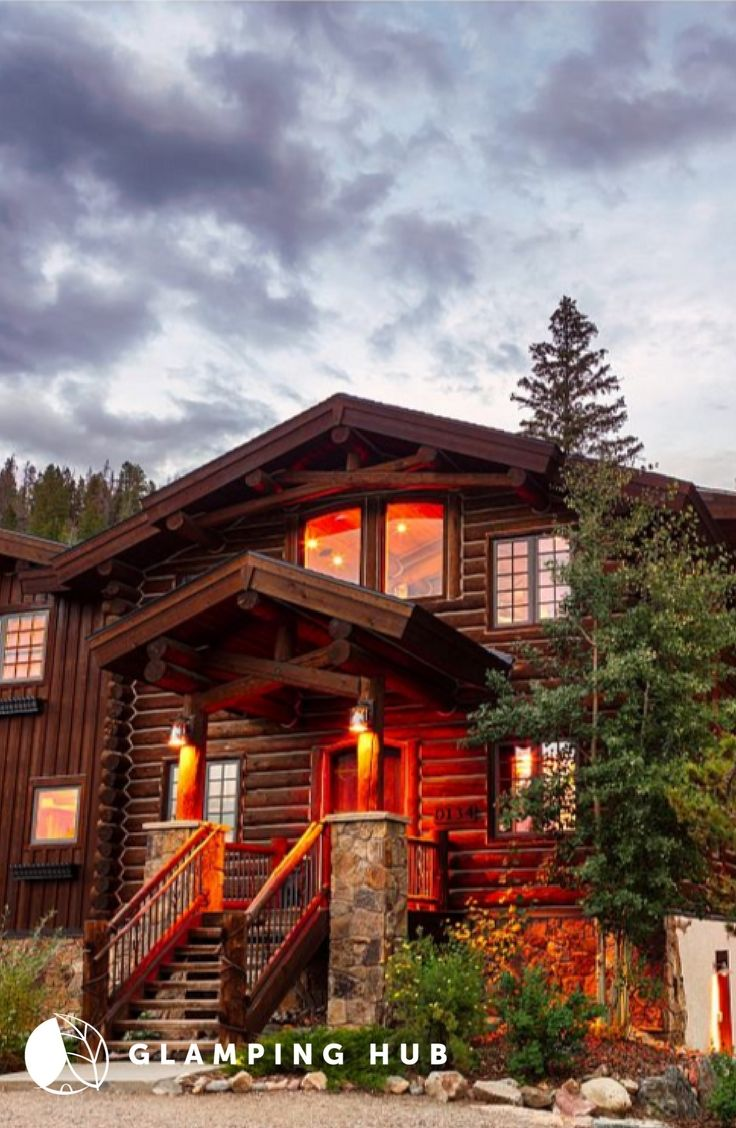 Log Cabin Rental With Luxury Eight Person Hot Tub For A Group Getaway Near Denver Colorado Log Cabin Rentals Colorado Cabins Cabin