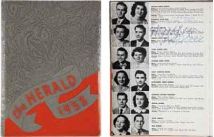 Anuario de 1953 de la escuela secundaria Humes donde Elvis Presley se graduó de bachiller. Su firma le da al documento el valor base de 2.500 dólares ( Bs.10750)