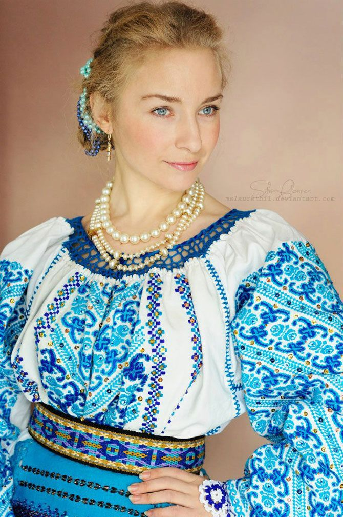 Mandrele si iile din Romania, de Silvia Floarea Toth