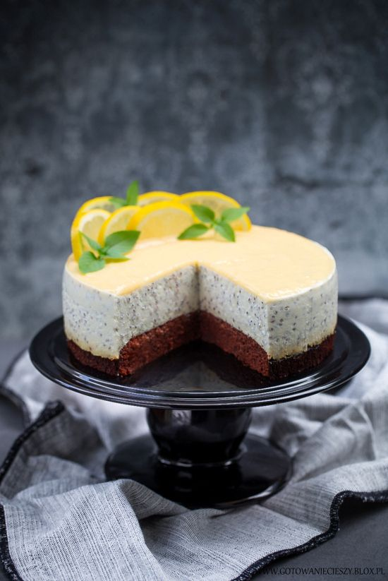 Chia & Lemon Curd Cheesecake / Sernik z chia i lemon curd na cieście daktylowym