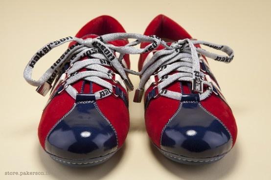 All that exquisite attention to detail that typifies Pakerson construction: for valorizing a trendy shoe for leisure wear. - Tutta la cura dei dettagli tipica delle lavorazioni Pakerson per valorizzare una scarpa leisure di tendenza. http://store.pakerson.it/woman-sneakers-26286-ciliegia.html