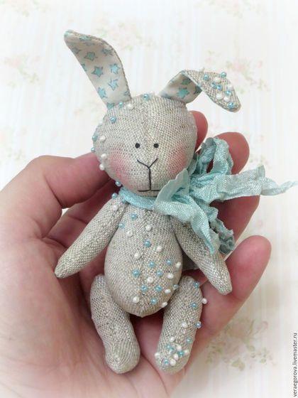Fabric bunny toy / Игрушки животные, ручной работы. Ярмарка Мастеров - ручная работа. Купить Мятный зайка. Handmade. Мятный, расшитый бисером