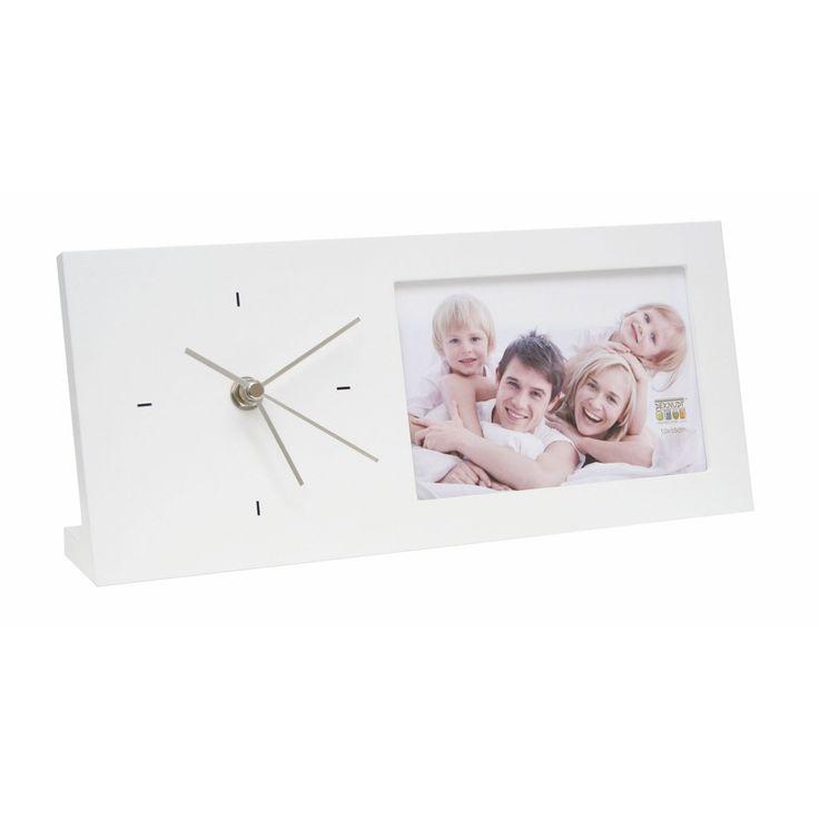Leuke fotoklok om neer te zetten om een bureau. Deze fotoklok biedt plaats aan één 10x15cm foto.