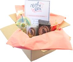 Umba Box - receive monthly packages of 2 to 3 women's handmade products