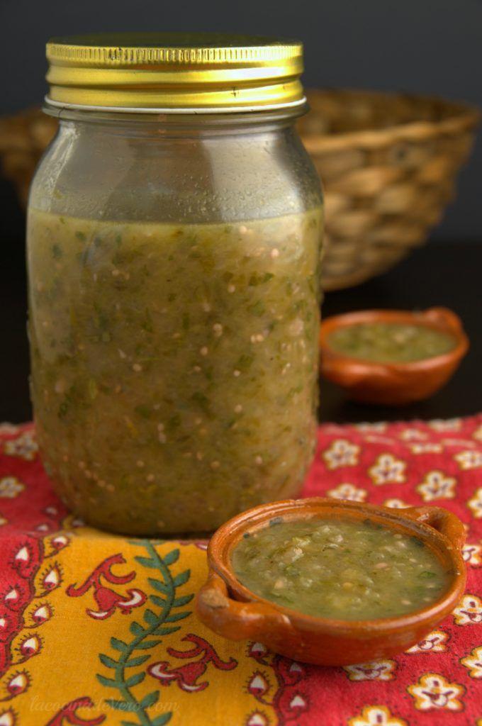 Salsa verde para tacos, enchiladas, chilaquiles o simplemente para tus chips. #comicamexicana