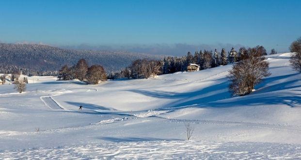Pistes de ski de fond dans le Jura   © Stéphane Godin/CDT Jura   #JuraTourisme #Jura