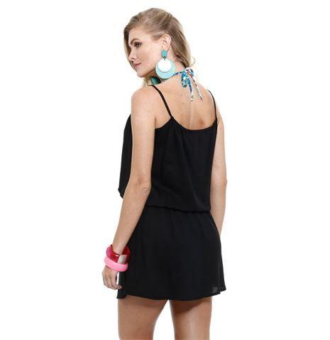 Vestido feminino saída de praia Marisa. Vestido feminino confeccionado em tecido viscose liso. Possui decote redondo, alças finas, tira para amarração na cintura, acabamento e costura no tom.